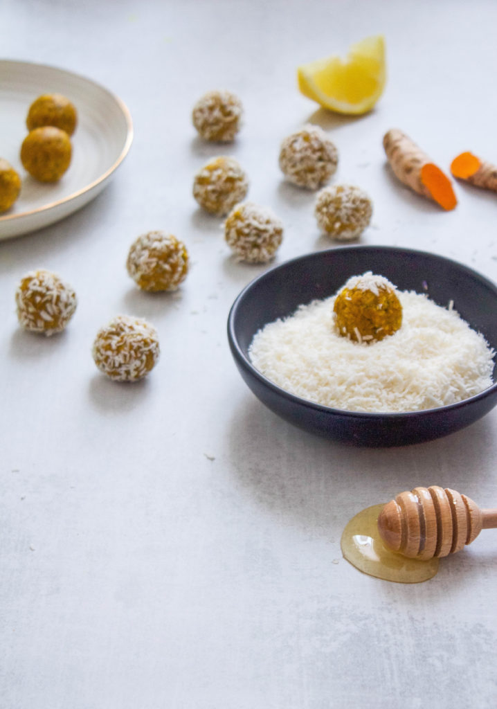 Paleo Vegan Turmeric Ginger Bites | The Nourished Mind